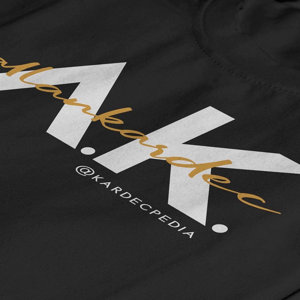 01-camiseta-nobilta-preta-detalhe